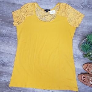 Ambiance NWT size 2x yellow shirt with lace
